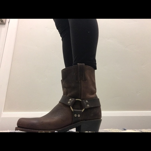 faae8b99f82 Womens Frye Harness 8R boot. basically brand new!